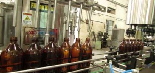 Ayurvedic Cough Syrup Filling Machine, Four Head Ropp Cap sealing Machine