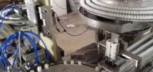 Doy pack sealing capping machine , cap & Spout assembly machine